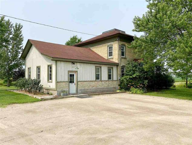 N4790 Thill Road, Oakfield, WI 53065 (#50244744) :: Symes Realty, LLC