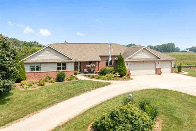 N2826 French Road, Appleton, WI 54913 (#50245524) :: Todd Wiese Homeselling System, Inc.