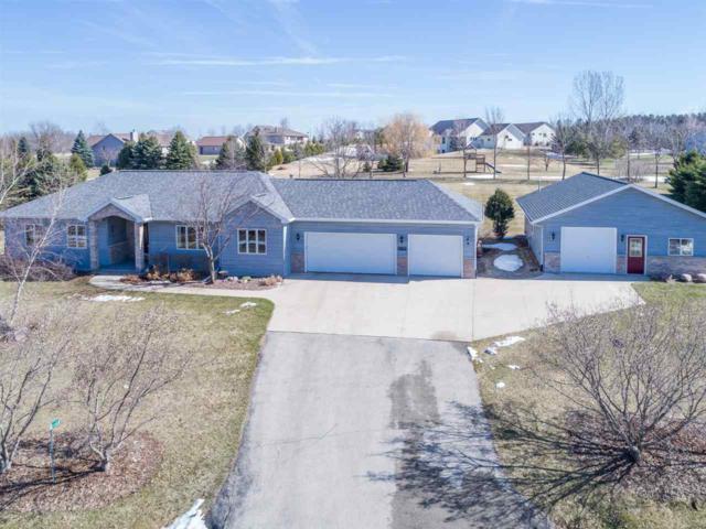 W7434 Red Hawk Drive, Appleton, WI 54914 (#50181287) :: Symes Realty, LLC