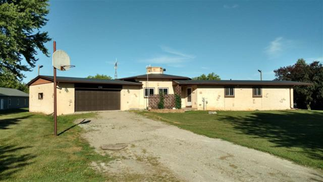 6986 Woodenshoe Road, Neenah, WI 54956 (#50195352) :: Dallaire Realty