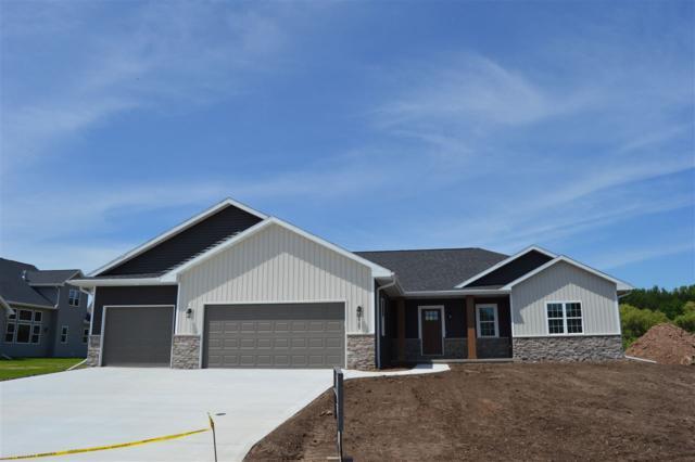 4925 N Indigo Lane, Appleton, WI 54913 (#50198365) :: Todd Wiese Homeselling System, Inc.