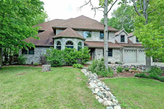 915 Terra Cotta Drive, Neenah, WI 54956 (#50198958) :: Todd Wiese Homeselling System, Inc.