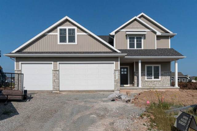 N9373 Mulholland Lane, Appleton, WI 54915 (#50207386) :: Dallaire Realty