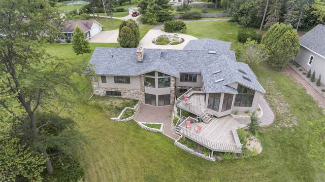 3780 Leonard Point Road, Oshkosh, WI 54904 (#50210511) :: Todd Wiese Homeselling System, Inc.