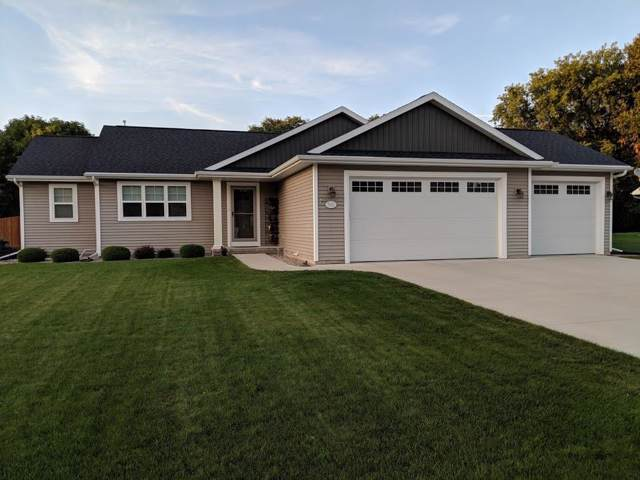502 Olde Midway Road, Menasha, WI 54952 (#50210805) :: Todd Wiese Homeselling System, Inc.