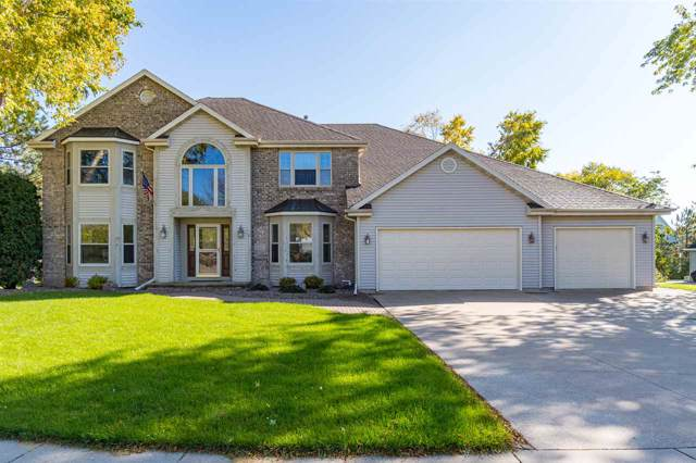 434 E Haddonstone Drive, Appleton, WI 54913 (#50212625) :: Todd Wiese Homeselling System, Inc.