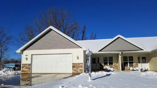 803 W Cook Street #7, New London, WI 54961 (#50213259) :: Todd Wiese Homeselling System, Inc.