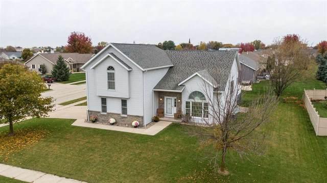 490 Oak Spring Drive, Lomira, WI 53048 (#50228967) :: Ben Bartolazzi Real Estate Inc