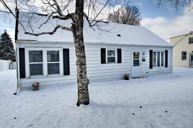322 S James Street, Kimberly, WI 54136 (#50171355) :: Dallaire Realty