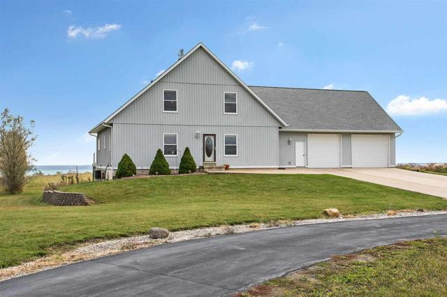 N4312 Lakeshore Drive, Kewaunee, WI 54216 (#50174616) :: Dallaire Realty