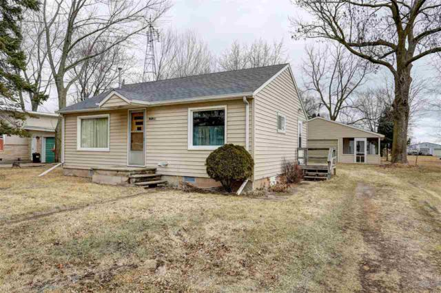 N5138 Center Street, Fremont, WI 54940 (#50180012) :: Symes Realty, LLC