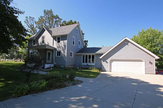 N8128 Hwy Qq, Malone, WI 53049 (#50191761) :: Todd Wiese Homeselling System, Inc.