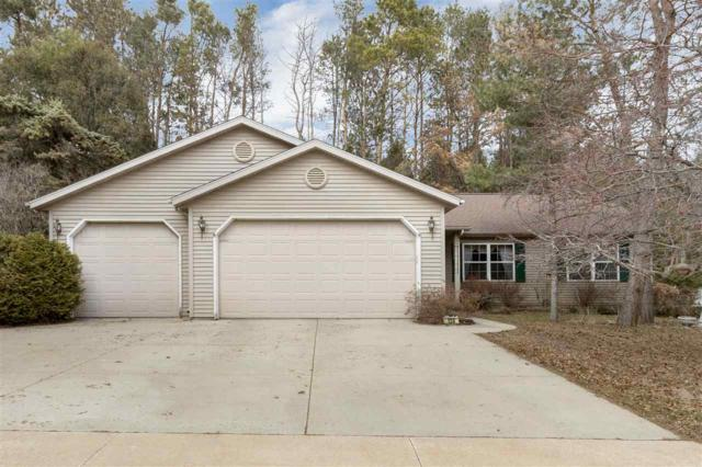 138 Crystal Springs Drive, Hortonville, WI 54944 (#50200283) :: Dallaire Realty