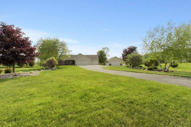 845 Van Lom Court, Pulaski, WI 54162 (#50204351) :: Symes Realty, LLC