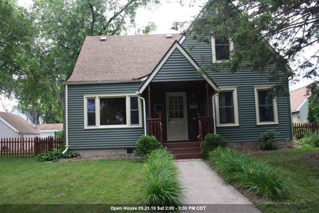 415 N Sidney Street, Kimberly, WI 54136 (#50207703) :: Todd Wiese Homeselling System, Inc.