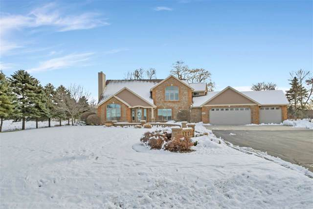 4422 Nicolet Drive, Green Bay, WI 54311 (#50213443) :: Todd Wiese Homeselling System, Inc.