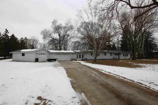 N7840 Van Dyne Road, Fond Du Lac, WI 54937 (#50215701) :: Todd Wiese Homeselling System, Inc.