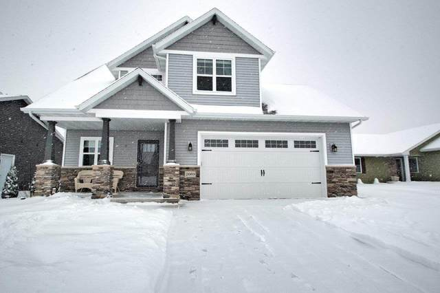 2669 Cavalry Lane, Neenah, WI 54956 (#50217159) :: Todd Wiese Homeselling System, Inc.
