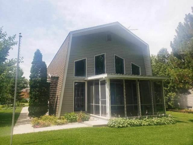 N8091 Cottage Lane, Fond Du Lac, WI 54935 (#50225514) :: Symes Realty, LLC