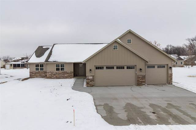 W5552 Hoelzel Way, Appleton, WI 54915 (#50232661) :: Town & Country Real Estate