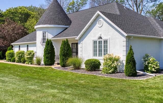 3602 Quaker Ridge Lane, Appleton, WI 54914 (#50246558) :: Ben Bartolazzi Real Estate Inc