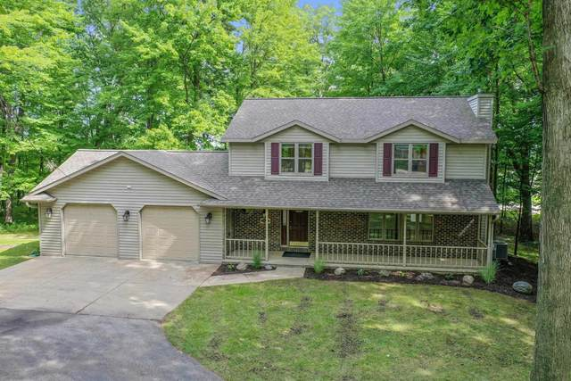 1136 Pinecrest Road, Green Bay, WI 54313 (#50247159) :: Todd Wiese Homeselling System, Inc.