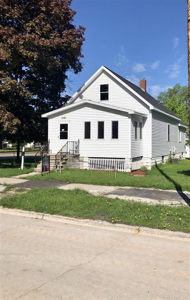 1101 N Webster Avenue, Green Bay, WI 54302 (#50197301) :: Dallaire Realty