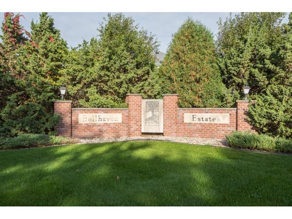 4007 Stonegate Drive, Oshkosh, WI 54904 (#3043728) :: Ben Bartolazzi Real Estate Inc
