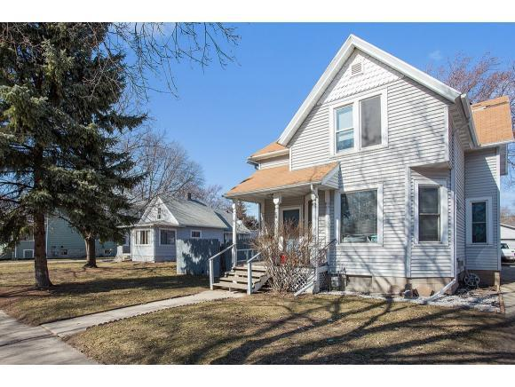 816 Division Street, Green Bay, WI 54303 (#50159039) :: Dallaire Realty
