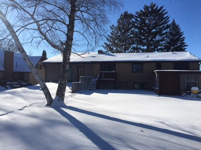 N8635 Shady Drive, Fond Du Lac, WI 54937 (#50179331) :: Todd Wiese Homeselling System, Inc.