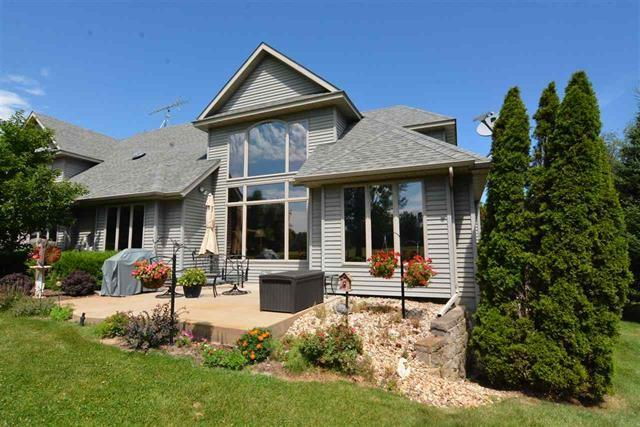 W6627 Chipper Circle, Wautoma, WI 54982 (#50180744) :: Dallaire Realty