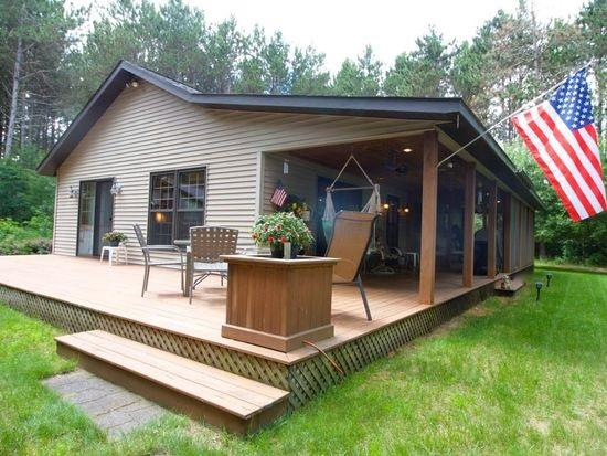 N5277 22ND Road, Wild Rose, WI 54984 (#50180750) :: Dallaire Realty
