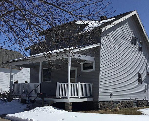 2729 Hannah Street, Marinette, WI 54143 (#50180838) :: Dallaire Realty