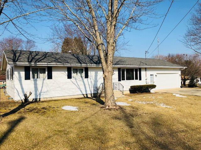 401 S West Street, Weyauwega, WI 54983 (#50181189) :: Dallaire Realty