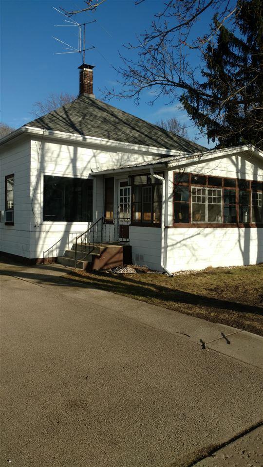 442 Mill Street, Manawa, WI 54949 (#50182280) :: Symes Realty, LLC