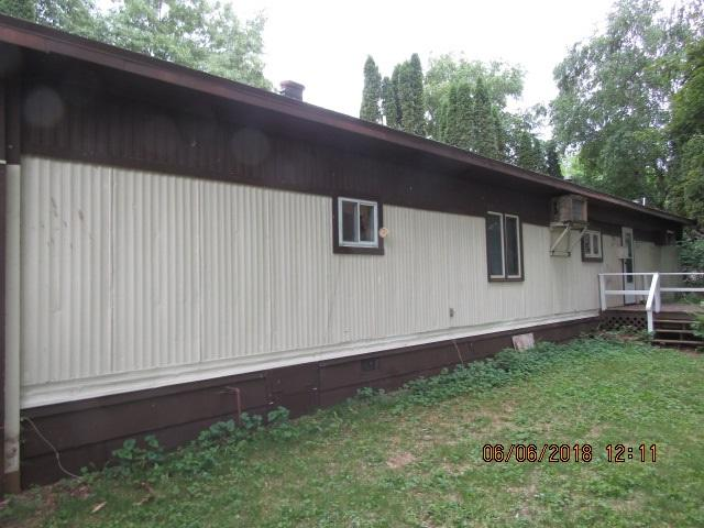 W5010 Highland Drive, Shawano, WI 54166 (#50185011) :: Symes Realty, LLC
