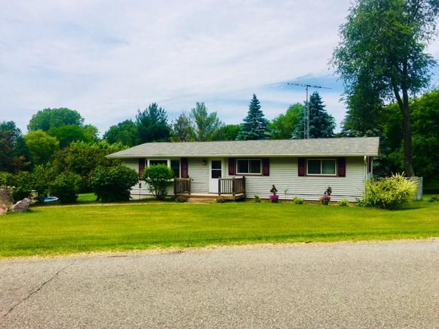 433 E Marquette Street, Berlin, WI 54923 (#50185893) :: Symes Realty, LLC