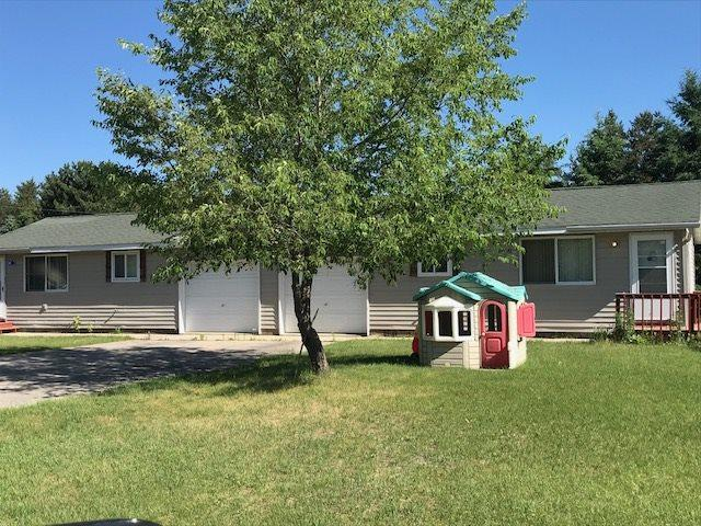 908 2ND Avenue, Crivitz, WI 54114 (#50186604) :: Symes Realty, LLC