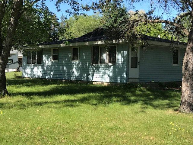 1201 2ND Avenue, Crivitz, WI 54114 (#50186623) :: Dallaire Realty