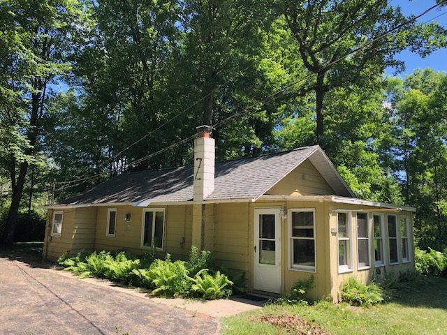 W5006 Stark Road, Shawano, WI 54166 (#50188088) :: Todd Wiese Homeselling System, Inc.