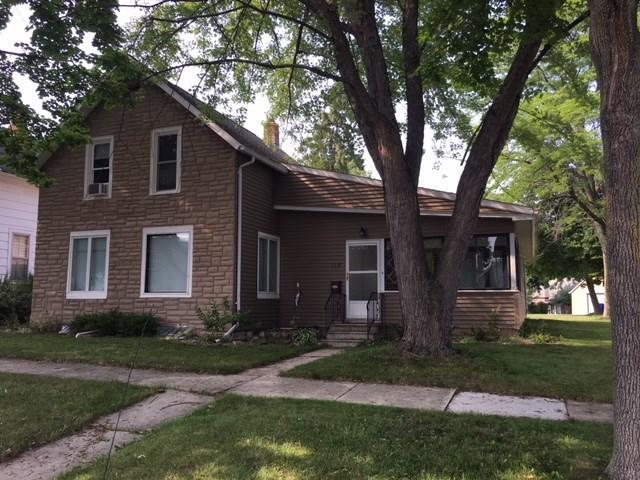 118 W 6TH Street, Kaukauna, WI 54130 (#50189616) :: Todd Wiese Homeselling System, Inc.
