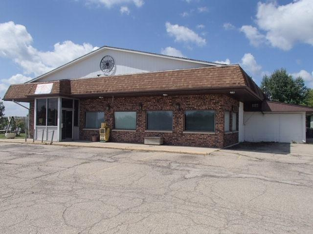 6277 N Hwy 32, Gillett, WI 54124 (#50189885) :: Dallaire Realty