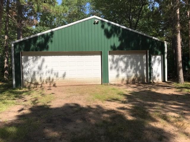N6748 6TH Street, Crivitz, WI 54114 (#50191459) :: Dallaire Realty