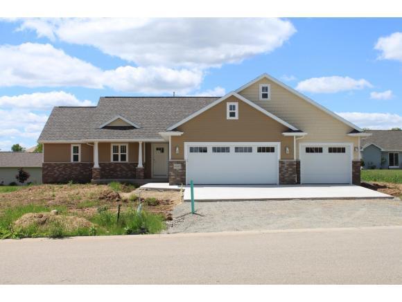 642 Sweet Meadow Lane, Kaukauna, WI 54130 (#50191514) :: Symes Realty, LLC