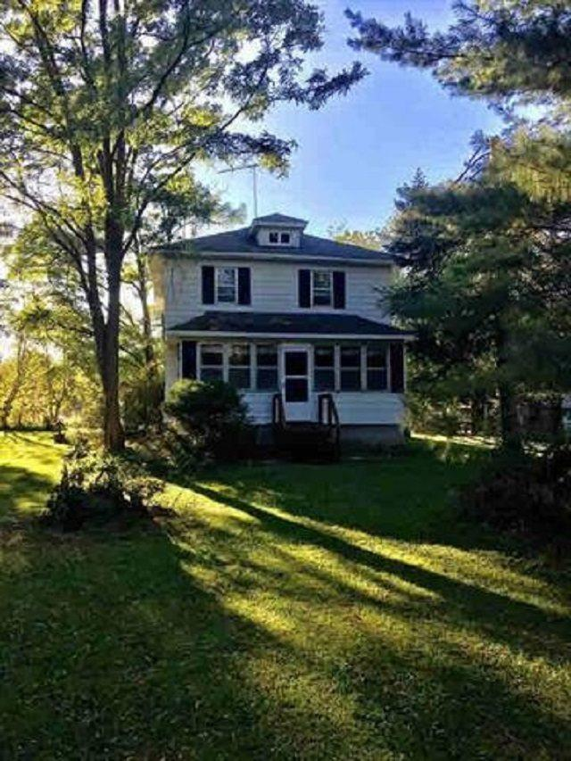 N4319 Schacht Road, Marinette, WI 54143 (#50192536) :: Symes Realty, LLC