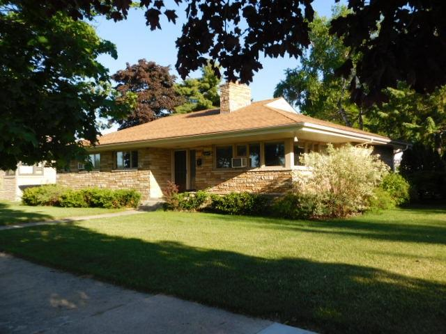 2009 18TH Avenue, Menominee, MI 49858 (#50192662) :: Symes Realty, LLC