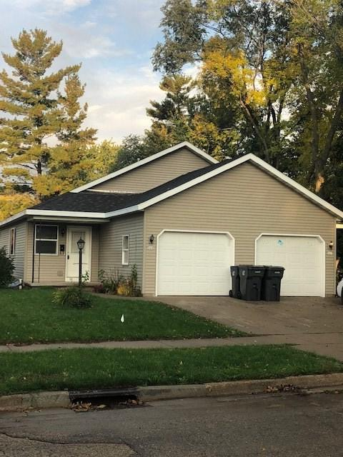 145 Jackson Street, Berlin, WI 54923 (#50192938) :: Dallaire Realty