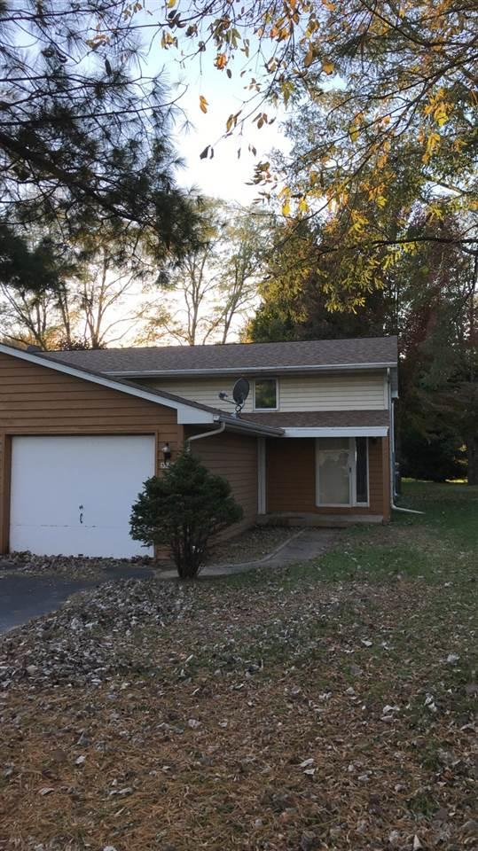 3517 S Timber Trail, Suamico, WI 54173 (#50193450) :: Symes Realty, LLC