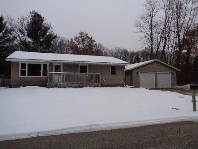 210 W Prairie Street, Wautoma, WI 54982 (#50195695) :: Dallaire Realty