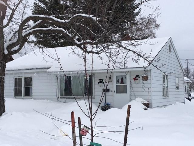 2404 14TH Avenue, Menominee, MI 49858 (#50198505) :: Todd Wiese Homeselling System, Inc.